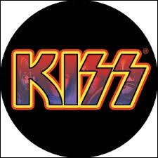 Là aussi, pas très compliqué de reconnaitre le chanteur de ce groupe de hard rock américain ...