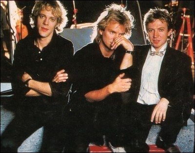 Que nous chantait le groupe Police ?