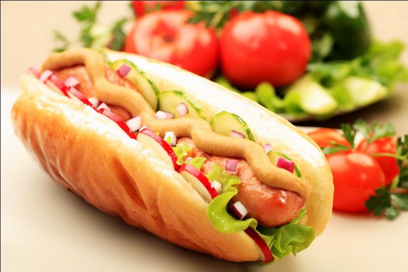 Où a été inventé le hot-dog ?