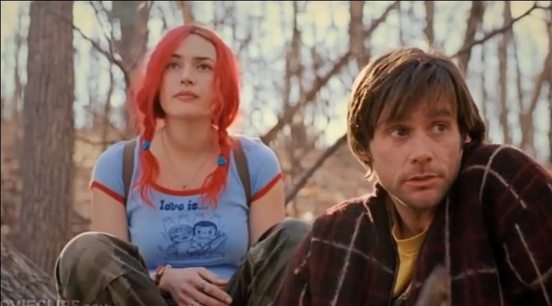 """A un moment du film """"Eternal Sunshine of the spotless mind"""", de quelle couleur sont les cheveux de Kate Winslet ?"""