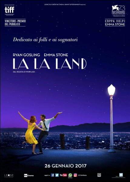 """Comédie musicale et romantique à succès, """"La La Land"""" a raflé les prix lors des Golden Globes de 2017. Quel prix le film a-t-il cru recevoir à cause d'une erreur de fiches ?"""