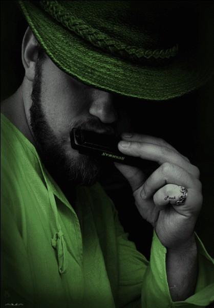 """Dans quel film de Sergio Leone rencontre-t-on """"l'homme à l'harmonica"""" ?"""