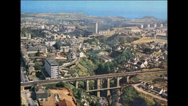 Dans quel département se situe la ville de Saint-Brieuc ?