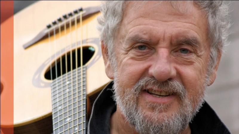Qui est ce célèbre chanteur breton ?