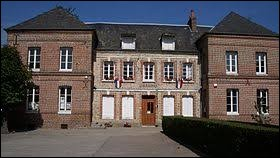 Commune normande, dans l'agglomération de Fécamp, Theuville-aux-Maillots se trouve dans le département ...