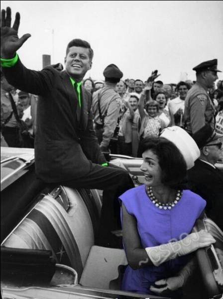 Quel nom portait Jackie avant d'épouser Kennedy ?