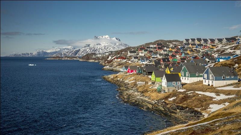 "G - Nuuk est la capitale du ""Groenland""."