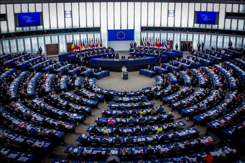 Combien de députés européens y a-t-il ?