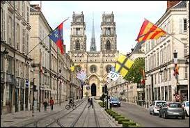 Nous commençons bien gentiment avec la ville d'Orléans (Loiret), dont les habitants se nomment ...