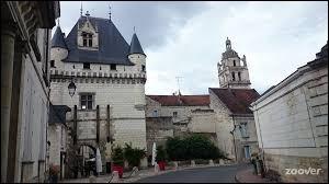 Et à Loches (Indre-et-Loire), comment se nomment les habitants ?