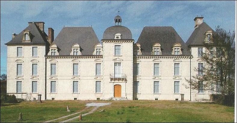 Dans quelle commune se trouve ce château construit de 1624-1628 ?