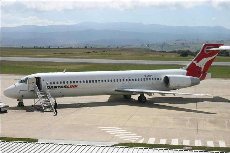Le Boeing 717 fait 38 m de longueur.