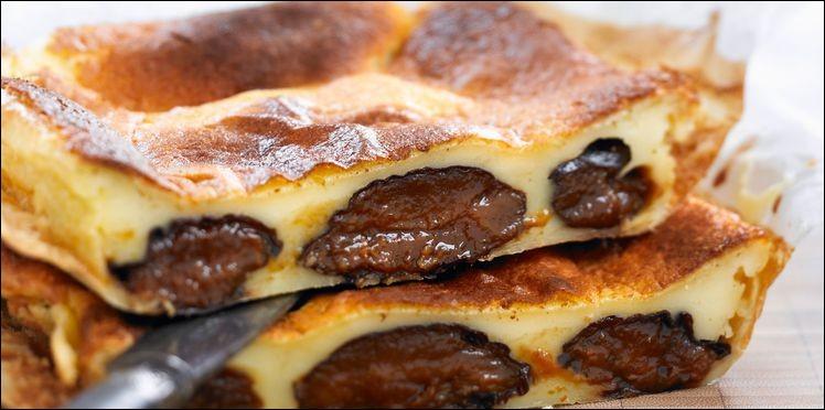 Autre dessert régional : le far ! Avec quel fruit sec est-il fabriqué généralement ?
