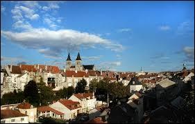 Les habitants de Chaumont (Haute-Marne) se nomment les ...
