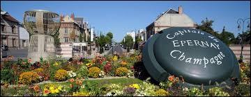 Marguerite habite à Épernay (Marne). C'est donc une ...