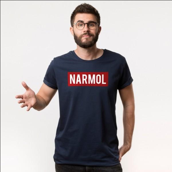 Quel mot y a-t-il sur les bonnets de la marque Narmol de Cyprien ?
