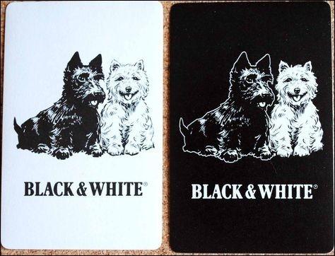 Cette marque d'alcool est symbolisée par deux petits chiens, l'un blanc, l'autre noir, de quelle race ?