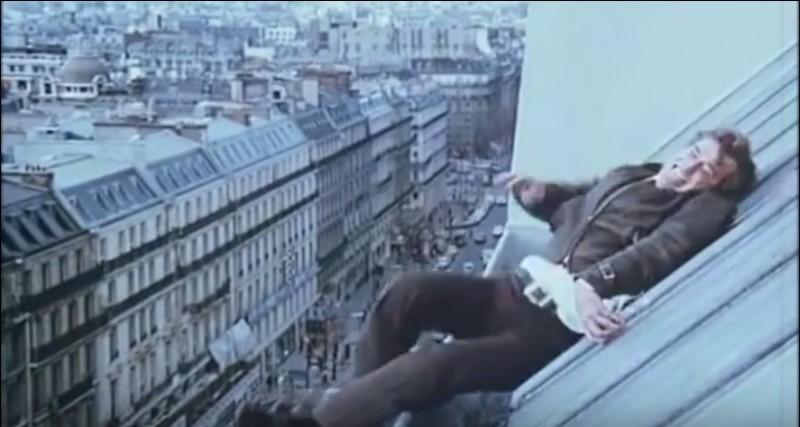 La fameuse scène sur les toits de Paris... Jetez-y un œil !