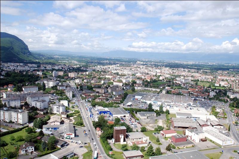 Dans quel département se situe la ville d'Annemasse ?
