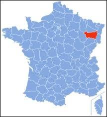Laquelle de ces villes ne se trouve pas dans le département des Vosges ?