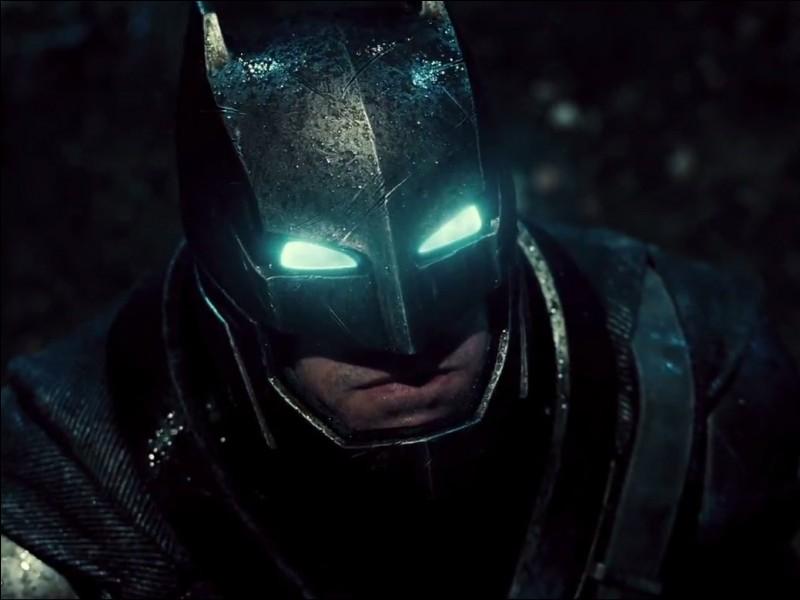 Batman est apparu dans ... et il été joué par...