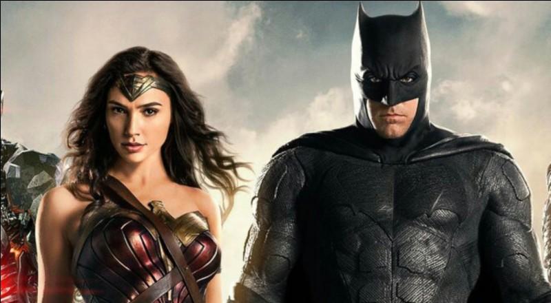 Dans le DCEU, Batman et Wonder Woman ont une relation cachée.(si plusieurs réponses sont possibles mettez les toutes)