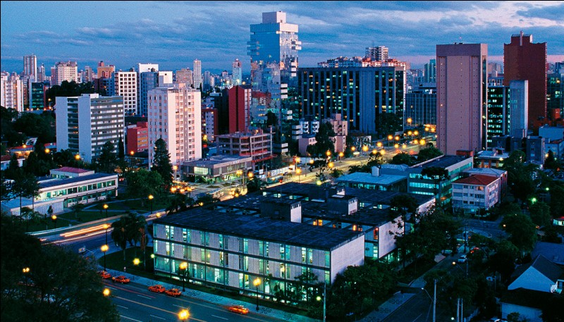 Saurez-vous situer Curitiba ?