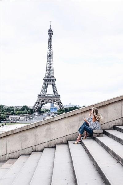 De quel département la ville de Paris est-elle le chef-lieu ?