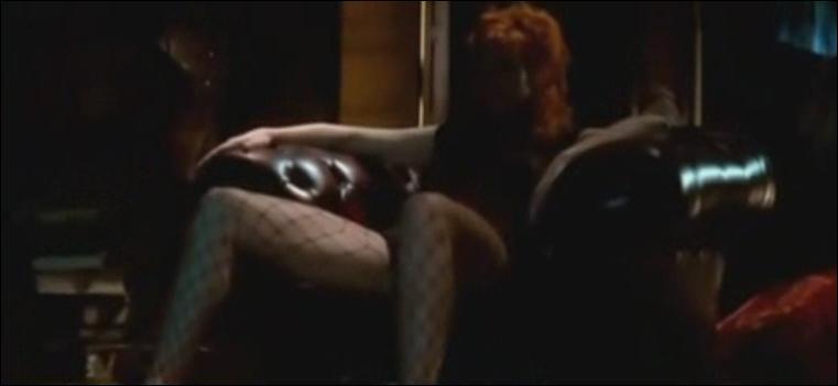 Dans quel clip pouvons-nous voir Mylène assise dans un fauteuil ?