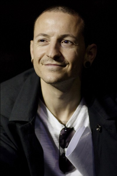Chester Bennington (Linkin Park) est-il vivant ou décédé ?