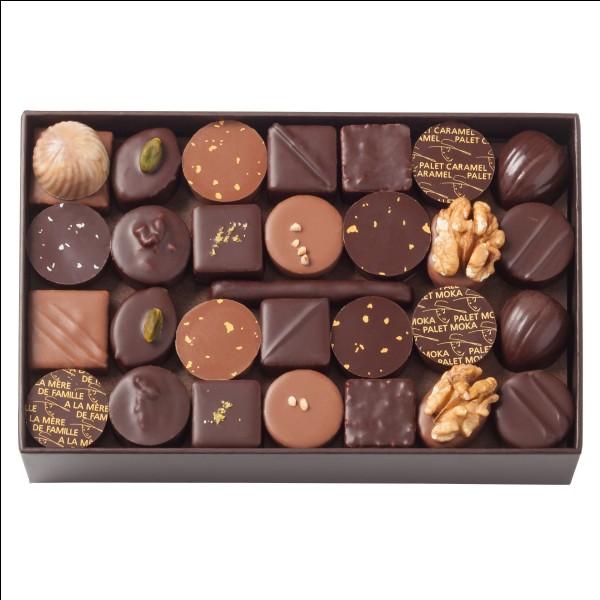 Coche le bon homophone. --------- petits paquets de chocolat sont dans mes poches.