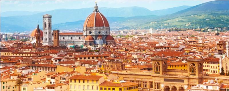 Avec laquelle de ces villes Florence et Turin sont-elles jumelées ?