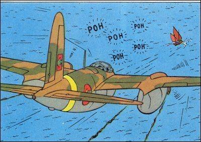 Tintin et Haddock, qui se trouvent sur un petit voilier, sont attaqués par un Mosquito. Dans quel album est-ce ?