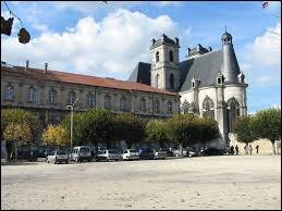 Comment appelle-t-on les habitants de Saint-Mihiel (Meuse) ?