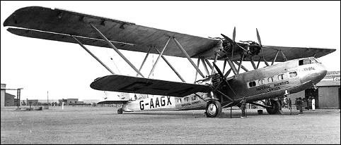 Mis en service en 1931 par Imperial Airways, ce grand biplan pouvait emmener 24 passagers. De quel avion s'agit-il ?