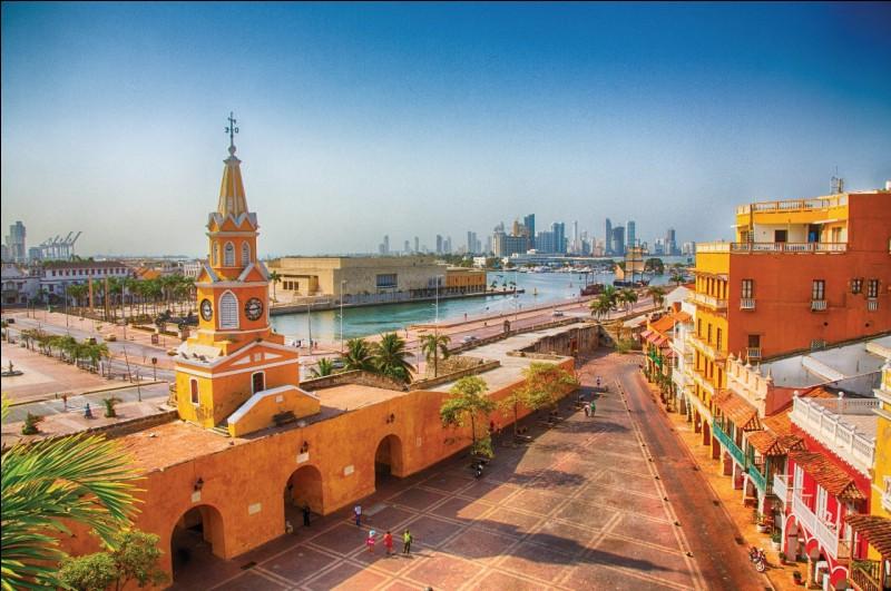 Carthagène des Indes est une ville portuaire située sur la côte caribéenne de la :