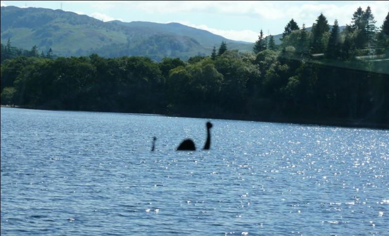 Quel est ce monstre légendaire qui vivrait dans un des plus grands lacs d'Écosse ?