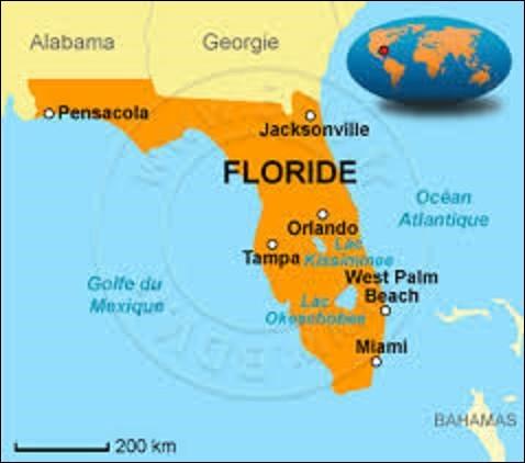 Située sur la côte sud-est du golfe des États-Unis, bordée à l'ouest par le golfe du Mexique et à l'est par l'océan Atlantique, la Floride est le troisième État le plus peuplé avec plus de 20 millions d'habitants. Adhérant à l'Union le 3 mars 1845 : quelle est sa capitale depuis mars 1824, époque où elle ne faisait pas encore partie de l'Amérique ?