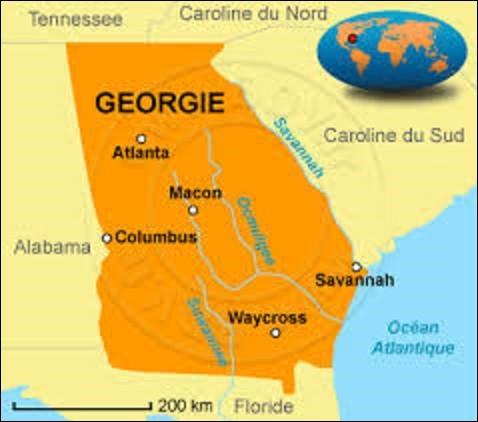 Bordée au sud par l'océan Atlantique, la Géorgie est un État du sud qui rentra dans l'Union le 2 janvier 1788. D'une superficie de 154 077 km², elle abrite 10 429 379 âmes. Son nom provient du roi George II d'Angleterre. Fondée en 1837, pourriez-vous me citer le nom de sa capitale depuis 1868 ?