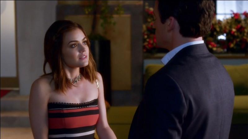 Quelle information bouleversante annonce Aria à Ezra concernant leur futur (saison 7) ?