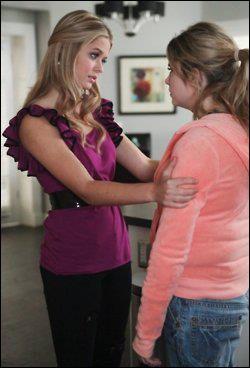 Quel est le conseil que donne Alison à Hanna pour ne plus grossir ?