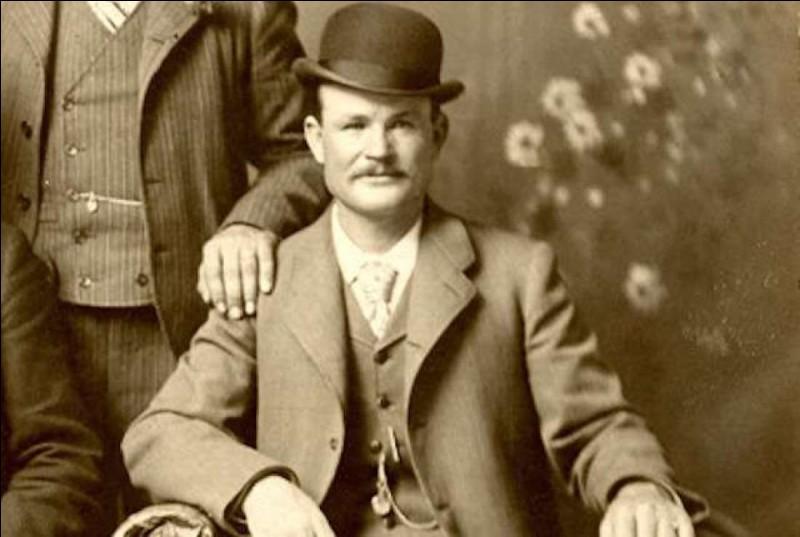 """C'était un célèbre pilleur de trains et de banques, et il faisait partie de la bande appelée """"Wild Bunch"""".Qui est-il ?"""