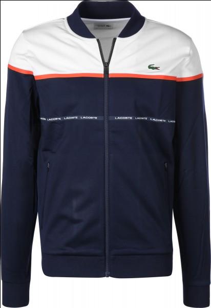 Cette veste Lacoste est ____ de prix.