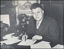 Il fut notamment ministre du général de Gaulle en 1945.