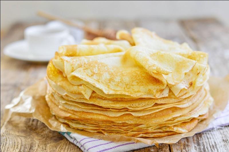 Quel ingrédient représente la plus grande quantité de la composition des crêpes ?