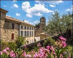 Puyméras est un village Vauclusien situé en région ...