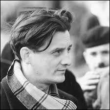 Quelle est la première du prénom de cet écrivain, dramaturge, cinéaste et producteur français ?