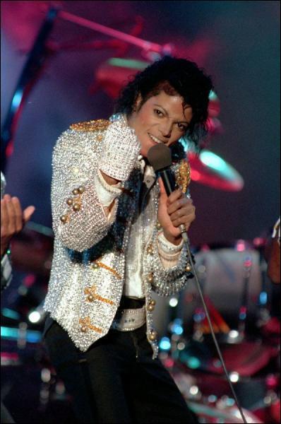A une période de sa vie, quel était le jour de la semaine où Michael Jackson jeûnait ?