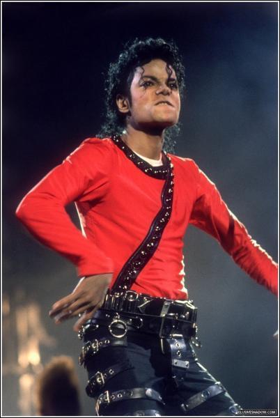 En quelle année Michael Jackson débuta sa première tournée solo ?