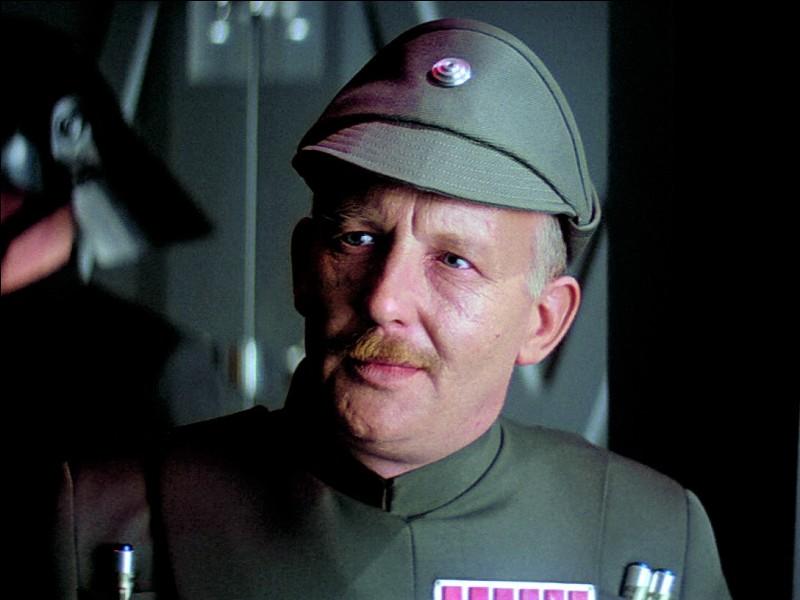 Dans quel épisode Dark Vador a-t-il tué l'amiral Ozzel en l'étranglant ?